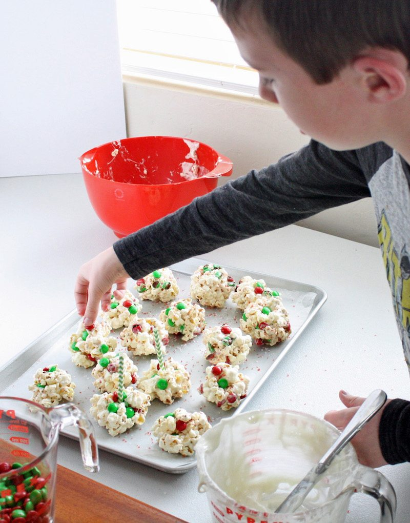 making-peppermint-popcorn-balls-with-kids