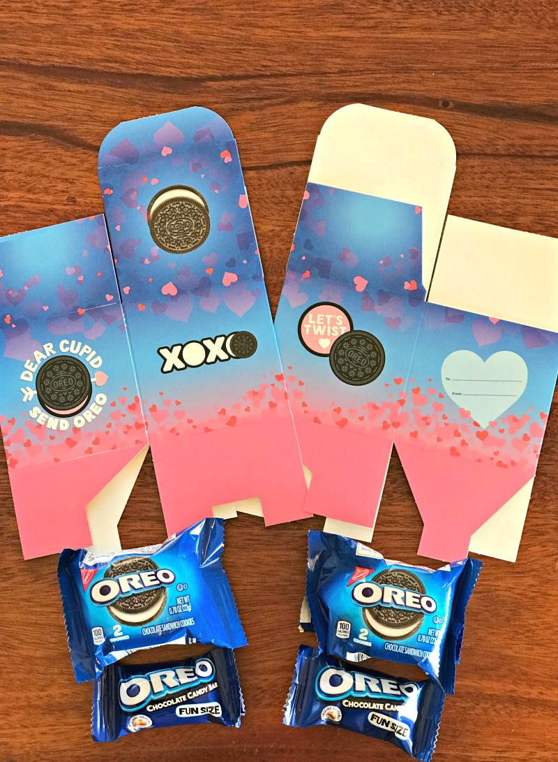 Supplies for OREO Valentine's Day Exchange kit