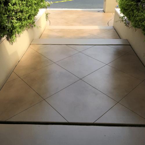 semi-transparent-concrete-staining-001