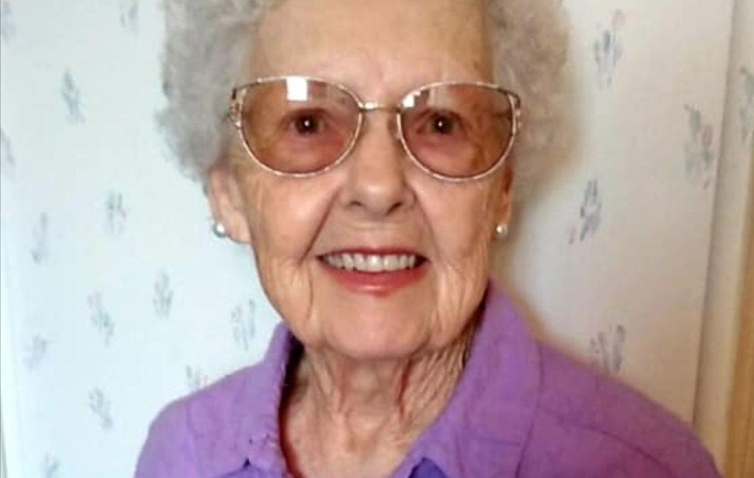 Daisy Lee (Crum) Paprock (1923-2020)