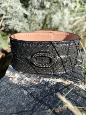 DIAMOND OVAL,SNAKESKIN