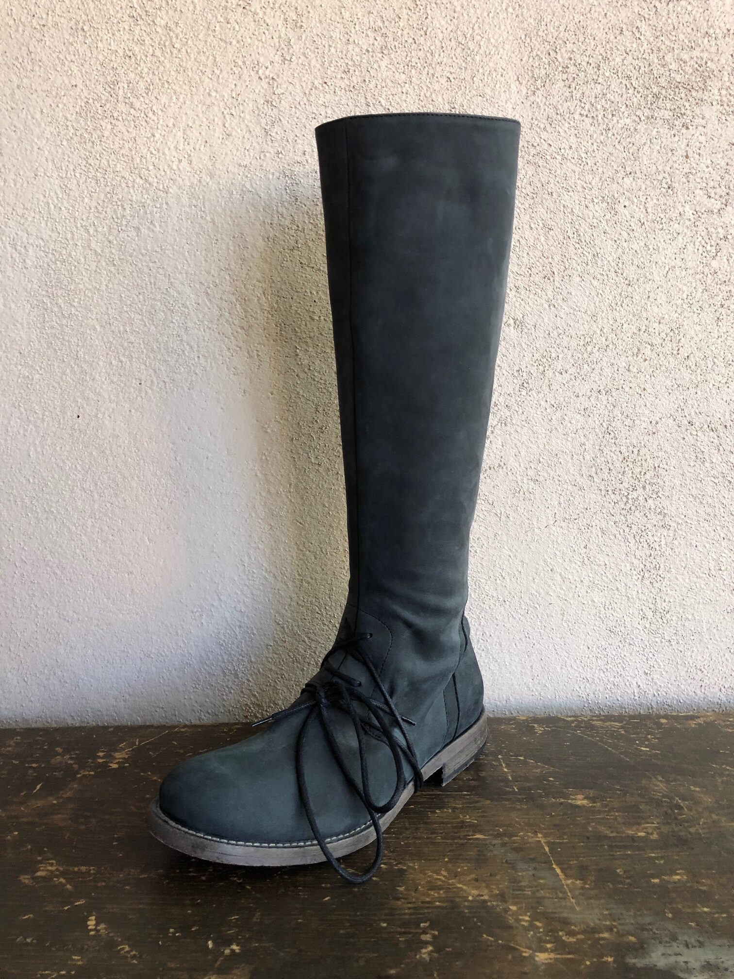 Stivale Peale Tall Boot with zipper