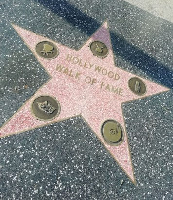 étoile sur le sol à Hollywood