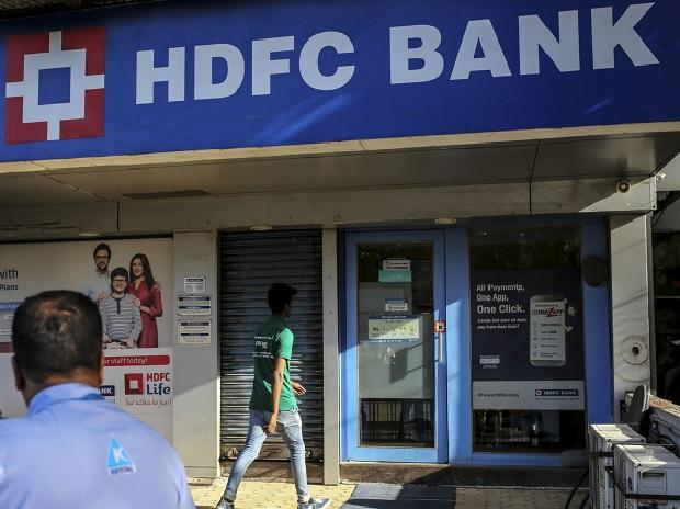 HDFC Bank's Puri highest paid, ICICI Bank Bakshi forgoes salary in Covid yr