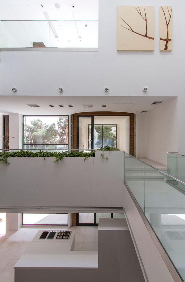 Ever-changing Sharifi-ha House by nextoffice