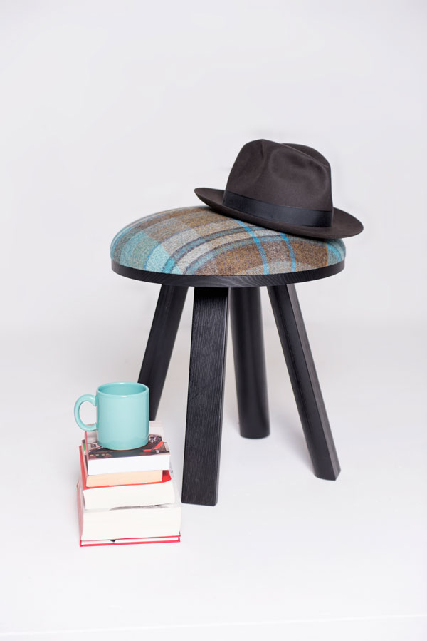 BuzziMilk Stool & Side Table