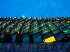Holiday Inn Express Clarke Quay by RSP Architects Planners & Engineers