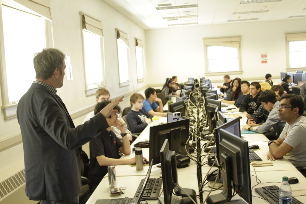 Bart Brejcha teaching students 3D modeling