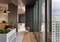 Olga Akulova installs glass walls a…