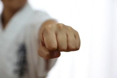 パンチ力アップのために鍛える筋肉はどこ?徹底解説!