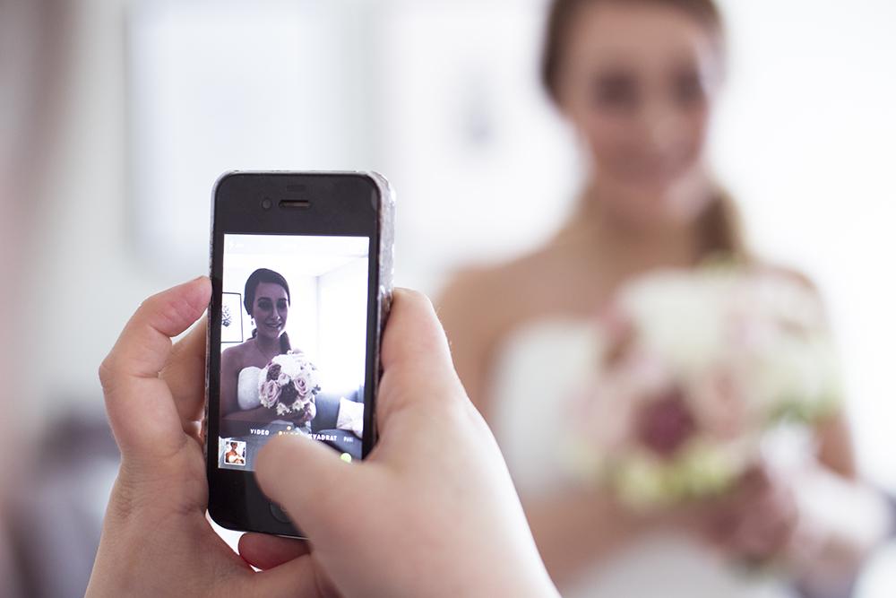 krist.in design fotograf stavanger sandnes frisør bride getting ready sminke brud frisør vårbryllup mars bryllup