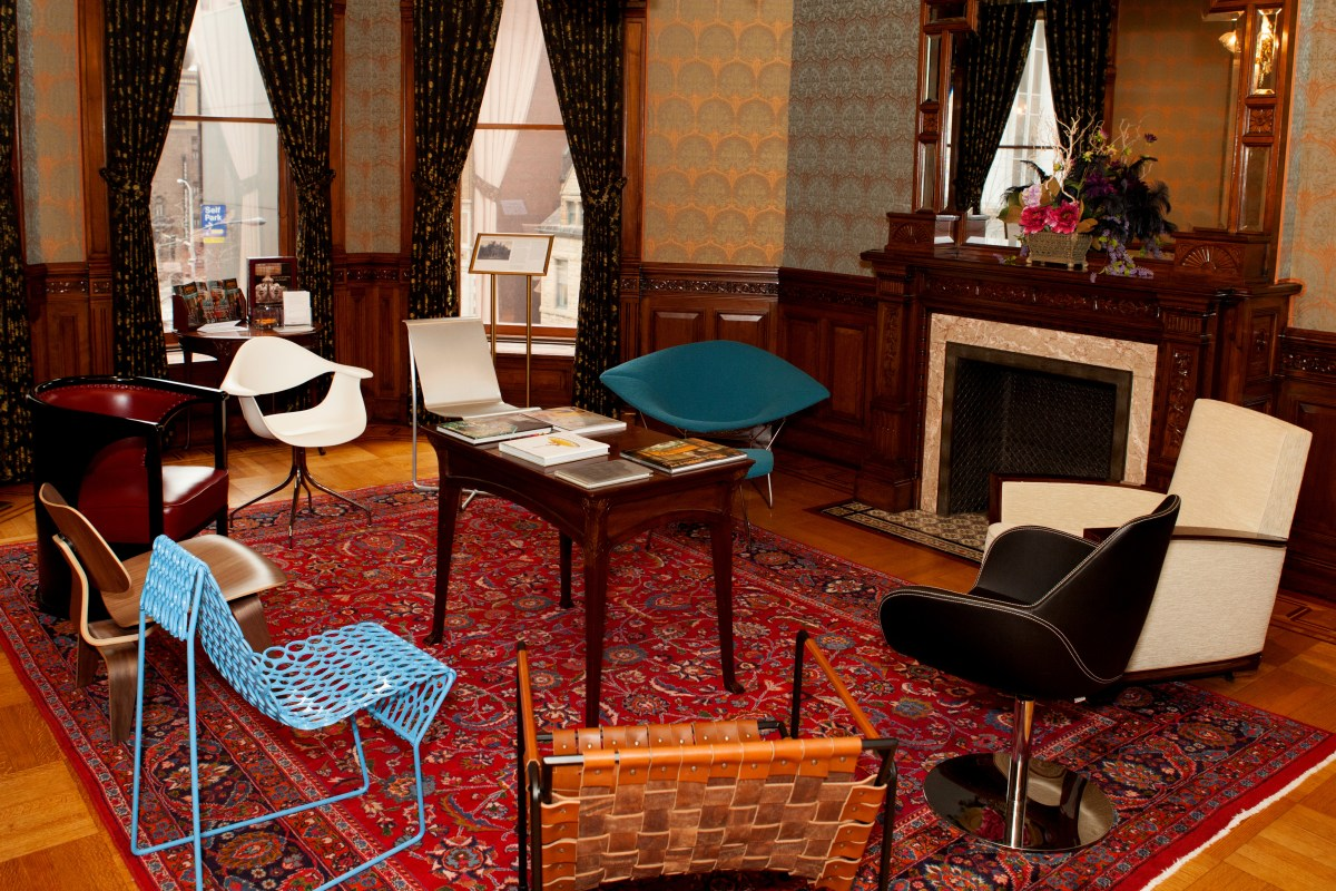 "Sit Up and Take Notice: ""The Art of Seating, 200 Years of American Design"" at the Driehaus Museum"