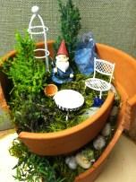 Broken Garden Pots Design (7)