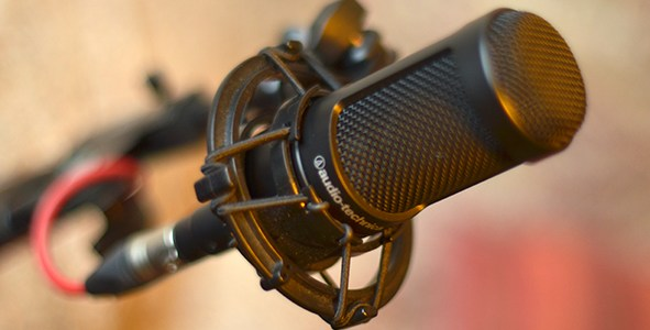 Audio Technica AT2035 Microphone: Full Bodied Sound for Voiceover