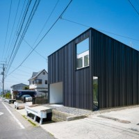 Residential Architecture: House in Imabari by Hayato Komatsu Architects