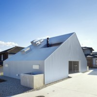 * Residential Architecture: Cloudy House by Takao Shiotsuka Atelier