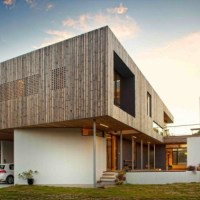 * Residential Architecture: Lagoon Beach House by Birrelli Architects