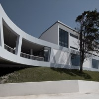 * Architecture: Rafael Bordalo Pinheiro Secondary School by Sousasantos Arquitectos