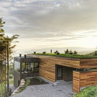 * Residential Architecture: Les Terrasses Cap-á-l'aigle: Where Architecture and Nature Connect by MU Architecture