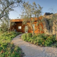 * Residential Architecture: Joshua Tree Boulder House by W. Garett Carlson