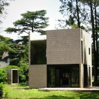 * Residential Architecture: Roblas Cube House by Moscato Schere Todo Terreno