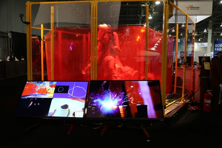 future of making things pavilion_robots-2