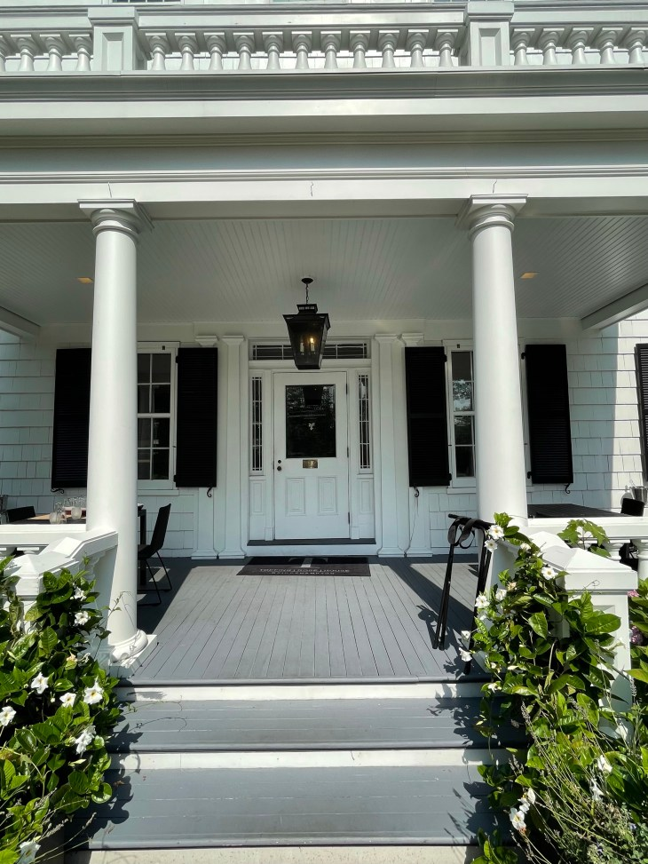 Design and Style Report image, Topping Rose House in Bridgehampton NY, front entrance