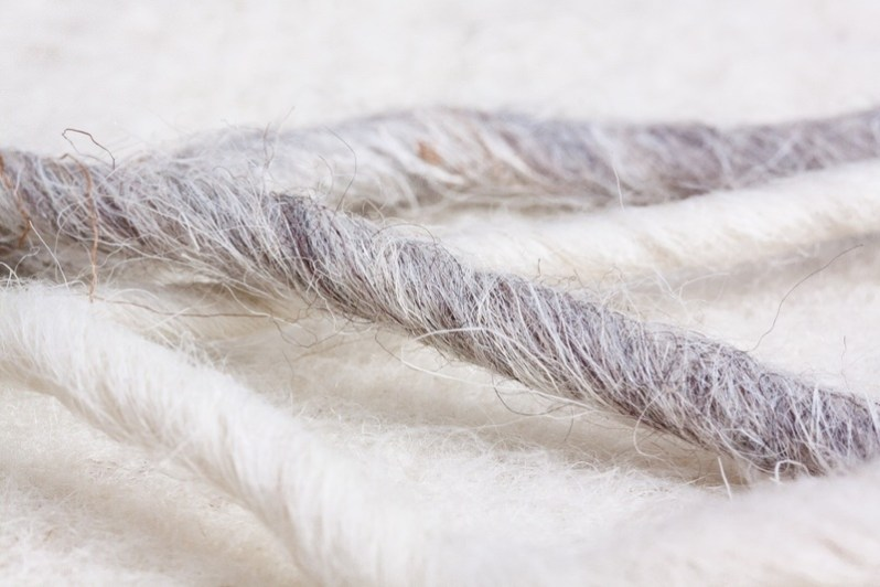 bird-wing-white-fur-feather-material-772323-pxhere.com