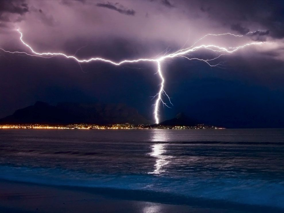 Lightning, Cape Town