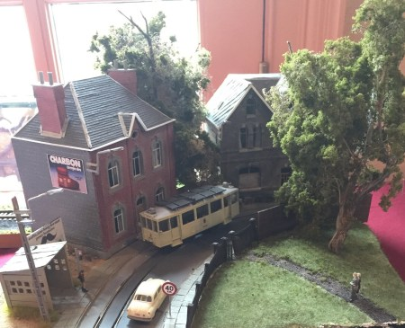 Glyn Thomas offered a differed slice of prototype modeling with this fine looking diorama of a Belgian street scene..