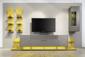 jfs-gwinner-mc-123-in-taupe-and-yellow-lacquer