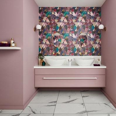 112276-TIMEPIECE-AMETHYST---SPICED-MULBERRY-CC-060-073---Bathroom