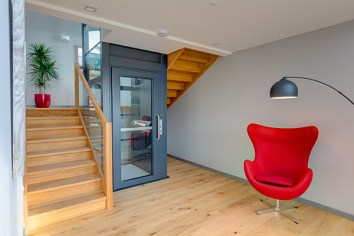RS13547_Stannah-lift-WH
