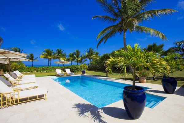 tropical_pool-1551493