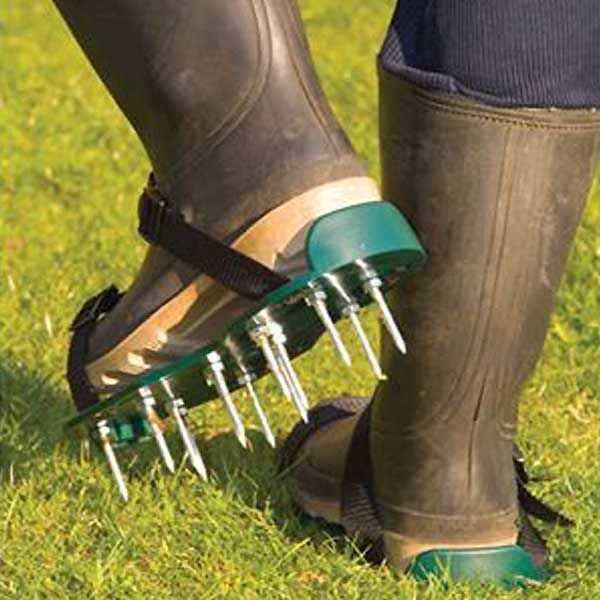 Lawn Aerator Shoes 2