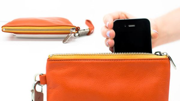 Everpurse iPhone charger