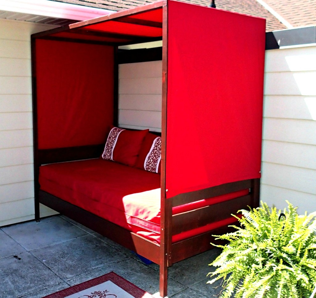 outdoor daybed, daybed with canopy, DIY daybed