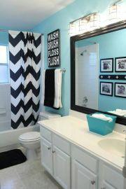 Banheiro em turquesa e estampa chevron