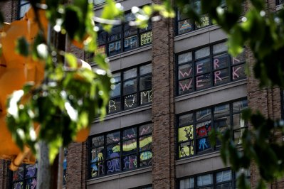 building-post-it-war-notes-nyc-manhattan-29