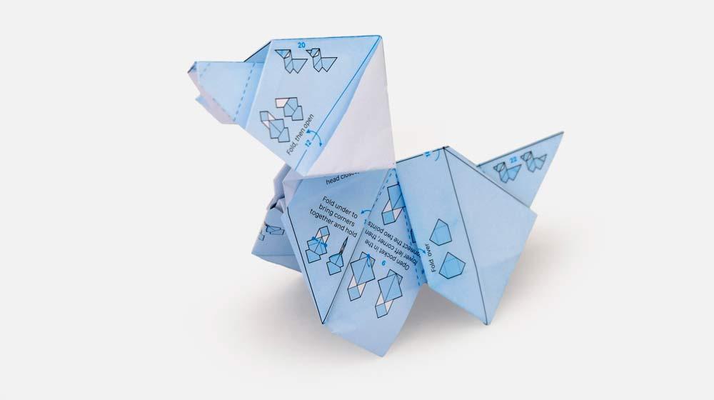 Origami de cachorro criado com o papel de embrulho da ILOVEHANDLES
