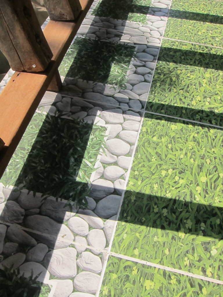 Carrelage en faux gazon