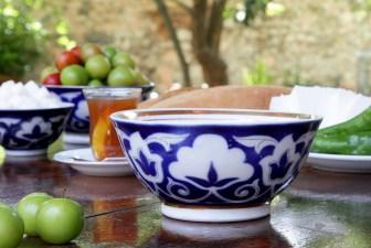1607-vintage-uzbek-bowl-navy
