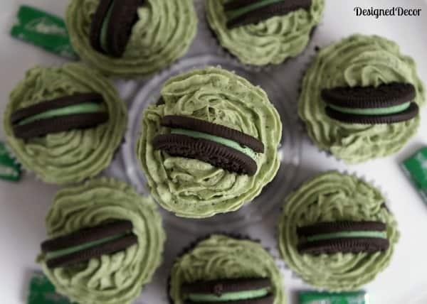 Oreo Surprise Cupcakes