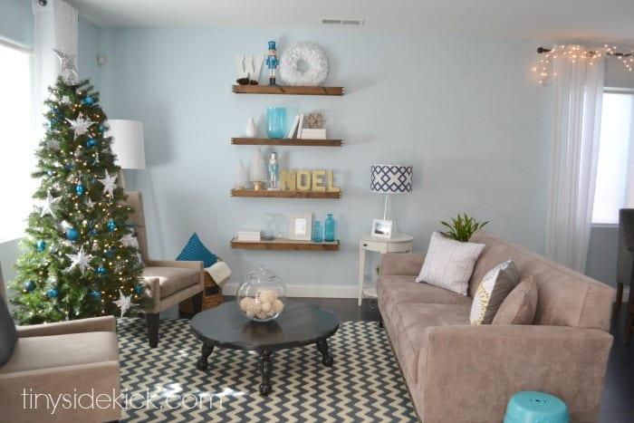 winter-wonderland-living-room