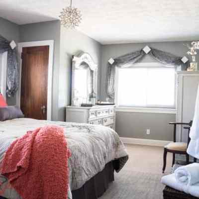 Be My Guest~ A Guest Bedroom Makeover!