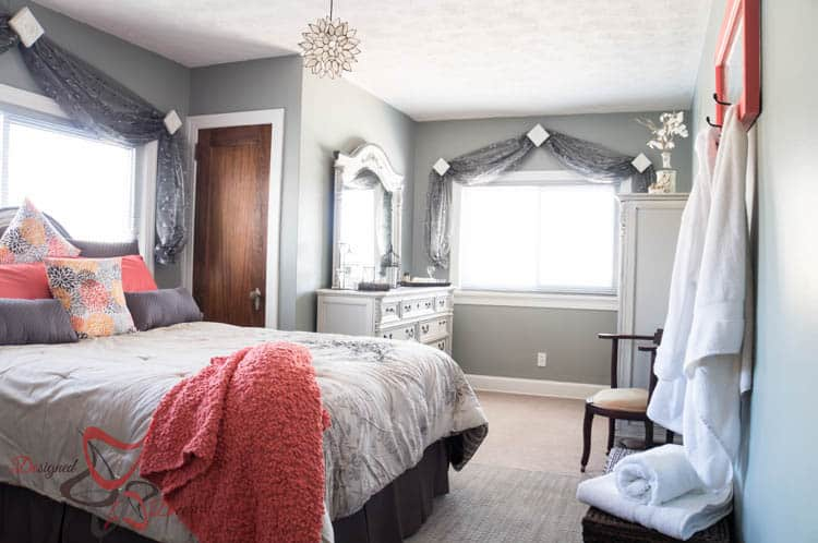 Guest Bedroom Makeover - Simple DIY projects to keep your expenses low!