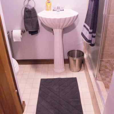 Basement Bathroom Makeover!