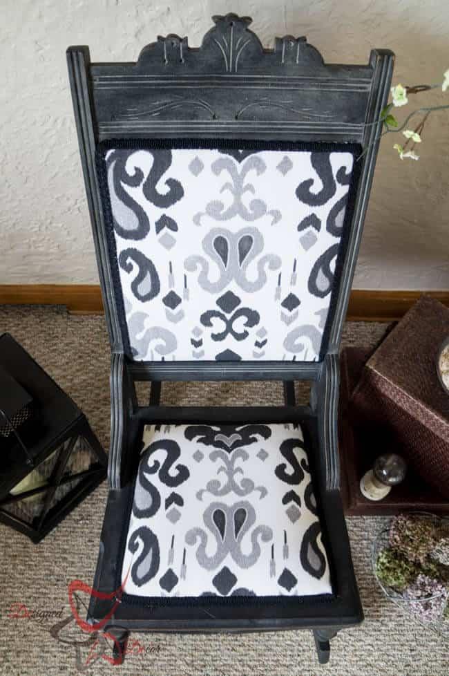 Antique Rocking Chair-Maison Blanche- Le Dirt-91