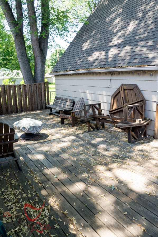 How to Clean and Stain a Deck - Thompson's WaterSeal