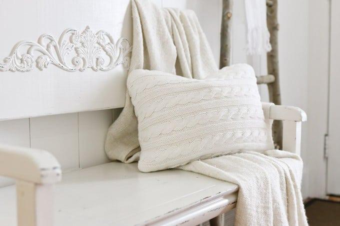 winter-entry-way-sweater-pillow-tidbits